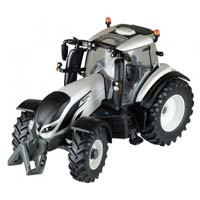 valtra t4 tractor - 1:32 scale