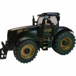 gold jcb 8250 tractor with driver - 1:32 scale