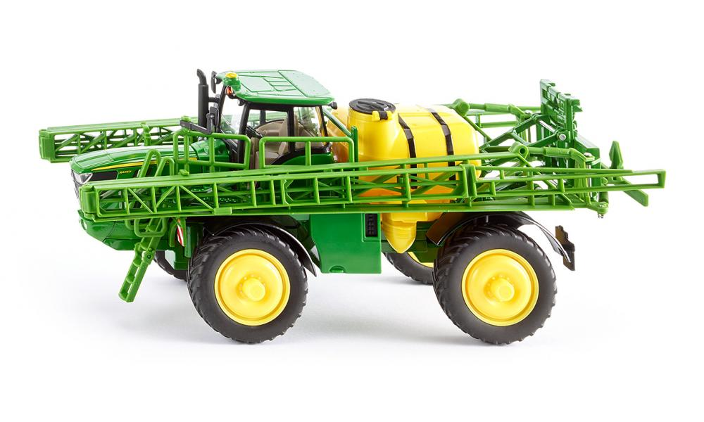 john deere r4040i field sprayer